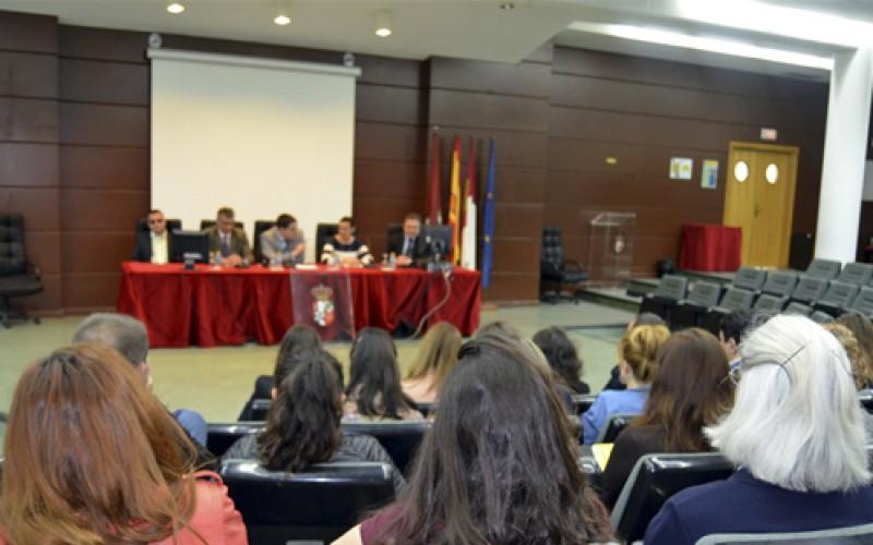 Los profesionales de la UCLM se forman en la atención a los estudiantes con discapacidades