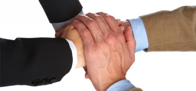 Alianza entre DIRSE y DIRCOM para trabajar en RSE