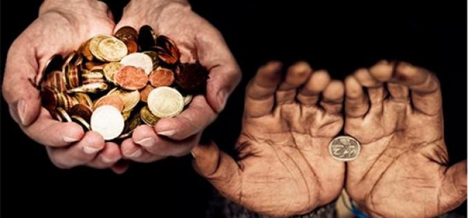 La riqueza mundial en manos de 62 personas