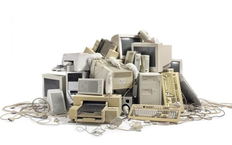 La OIT llama a que la gestión de desechos electrónicos fomente el trabajo decente