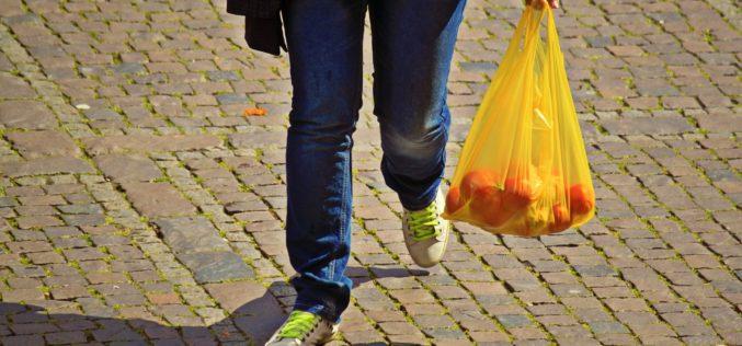 Entró en vigencia en Chile prohibición del uso de bolsas plásticas