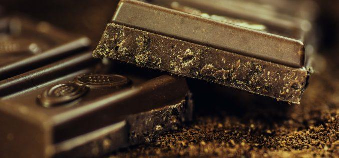 Por qué tu barra de chocolate está alimentando la deforestación en África