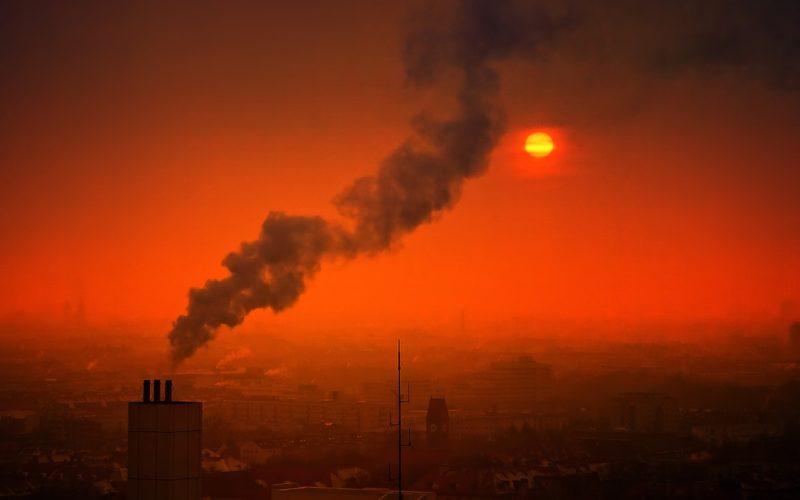 Más de treinta grandes empresas firman un manifiesto para descarbonizar España