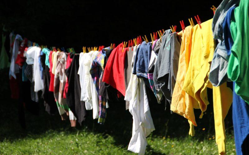 Un tercio de microplásticos en los océanos procede de lavar ropa