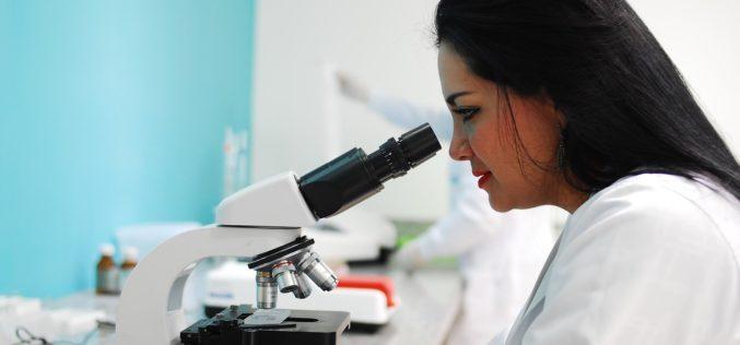 España: Solo 3 de cada 10 investigadores científicos en el mundo son mujeres