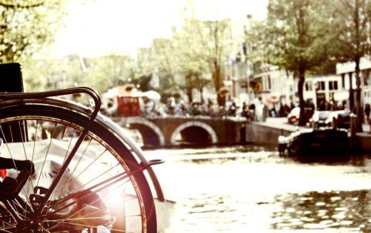 Ámsterdam prohibirá automóviles de combustión a partir de 2030