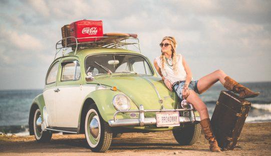 Industrias siguen estereotipando a las mujeres en sus anuncios