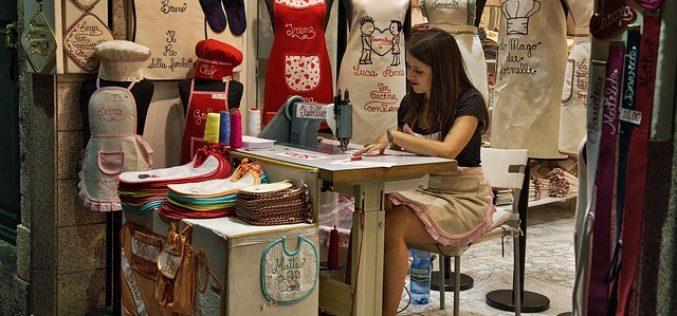 Las exigencias de las marcas de ropa propician prácticas abusivas en las fábricas