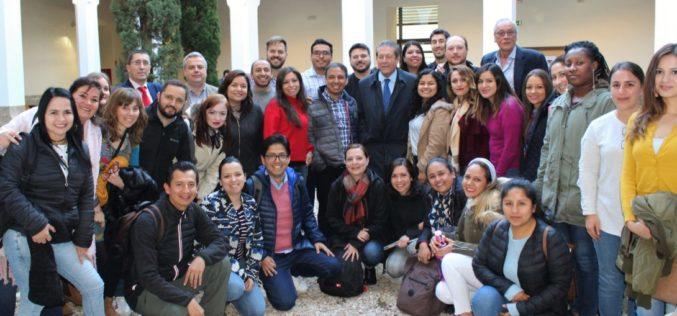 Universidad de Castilla-La Mancha, presenta propuesta educativa de la RSE