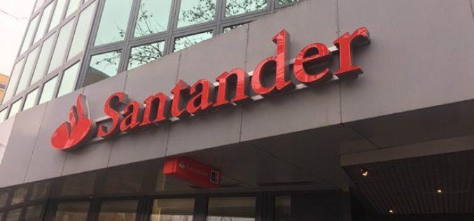 En España, Banco Santander crea programa para contratar a mujeres que dejaron de trabajar por tener hijos