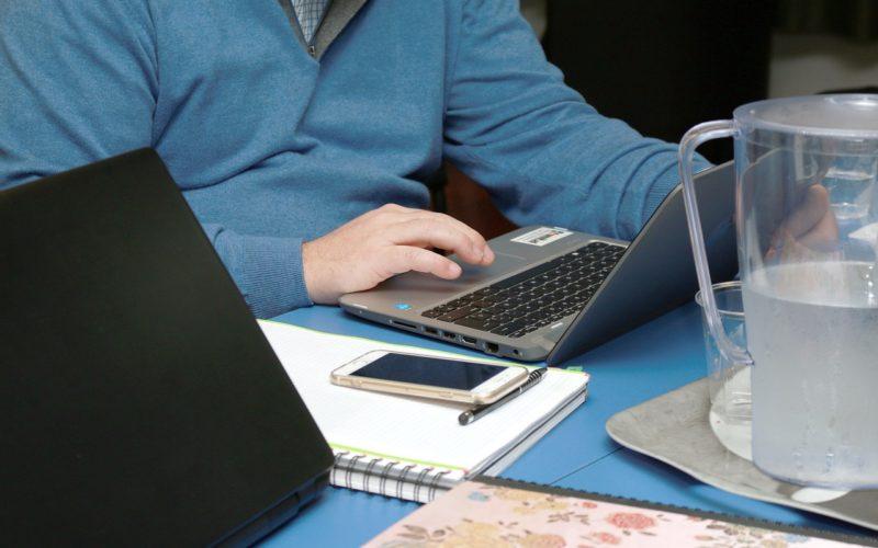 Solo el 68% de los trabajadores pueden modificar su horario para conciliar