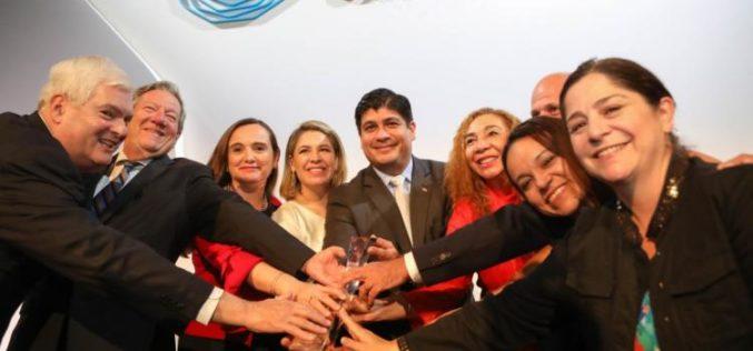 Costa Rica recibe premio de la ONU por liderazgo climático y anuncia compromiso empresarial