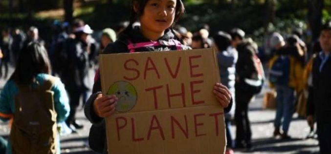 """""""Nos merecemos un futuro"""", claman jóvenes de todo el mundo en la COP25"""