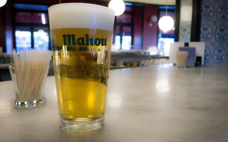 Mahou San Miguel elimina el plástico de los envases