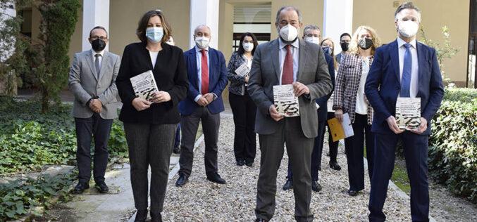 Profesores de la UCLM elaboran el primer Libro Blanco de la Economía Social de Castilla-La Mancha